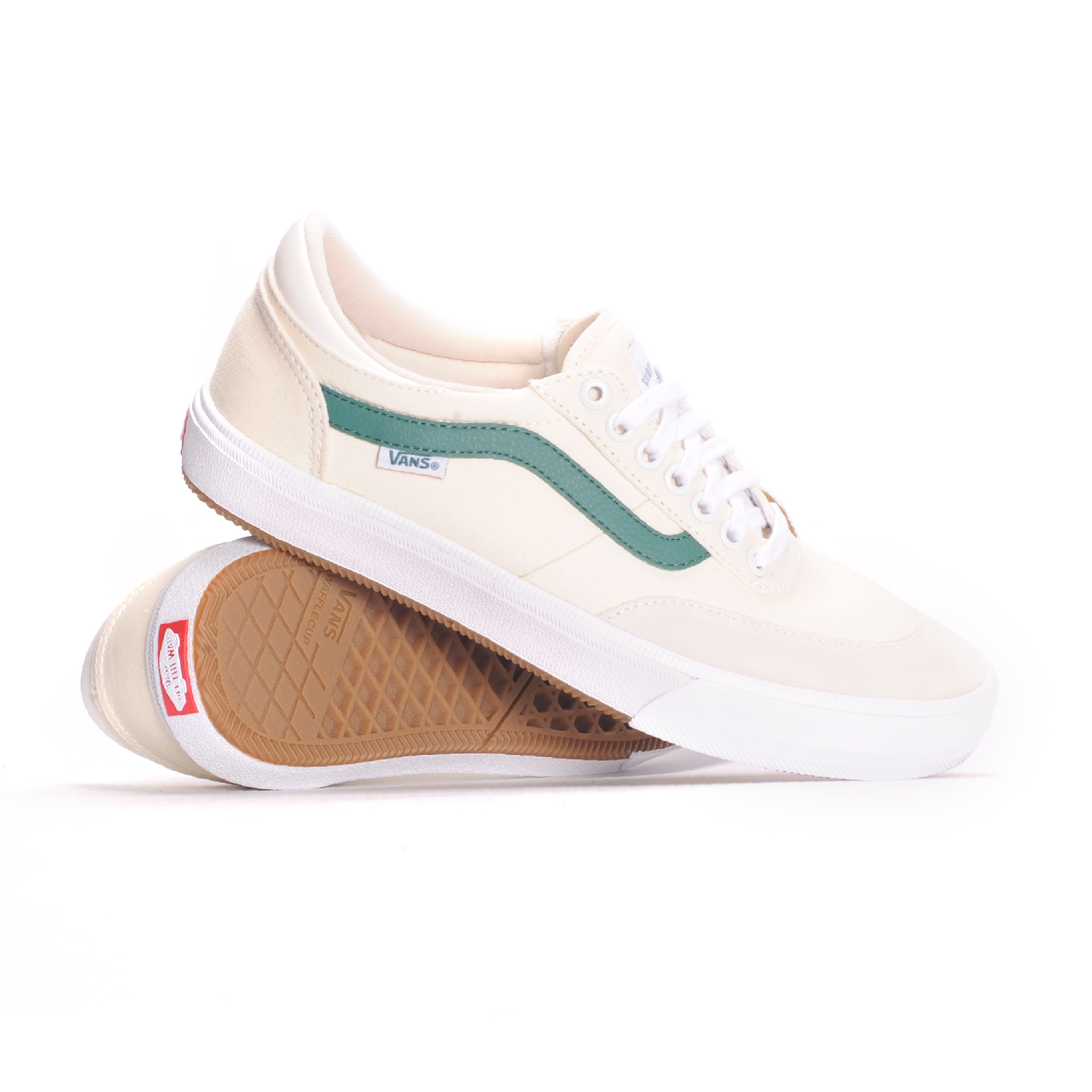 Vans Gilbert Crockett 2 Pro (Center Court Classic White Evergreen) Men s Skate  Shoes 4046b0b53