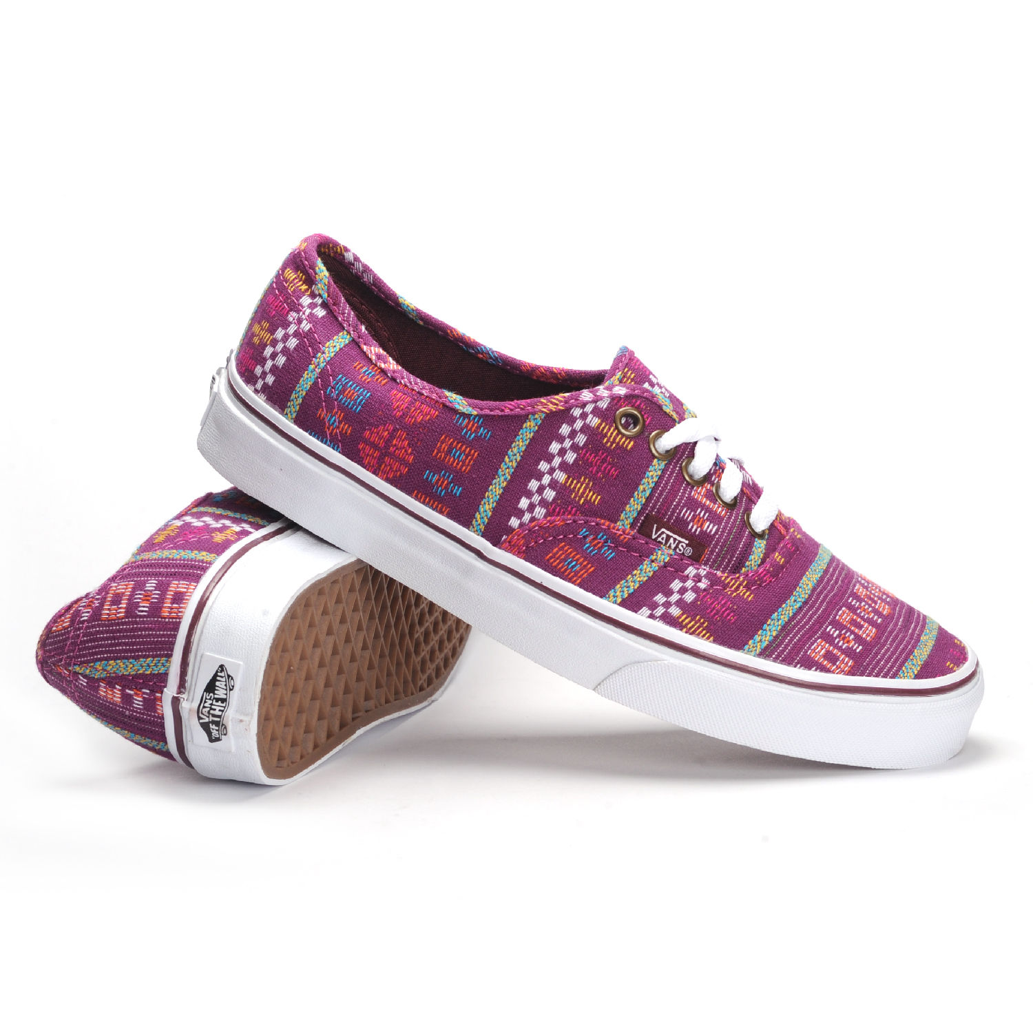 Model  Them With Daily Outfit Vans Womens Era Sneakers Amp Athletic Shoes